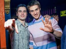 2 классных парня