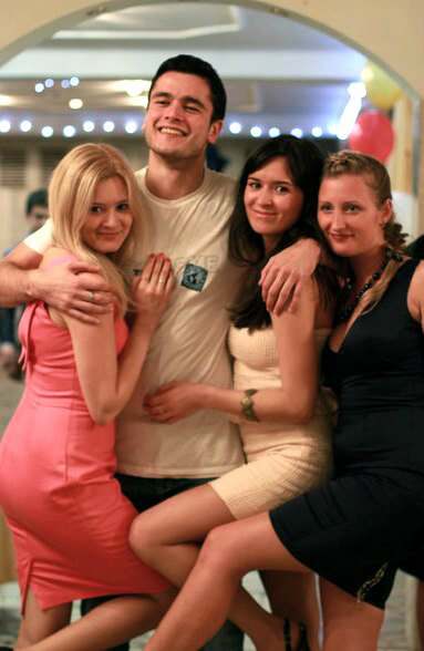 Парни сначала занимаются сексом с девушкой пото двоем фото 52-580