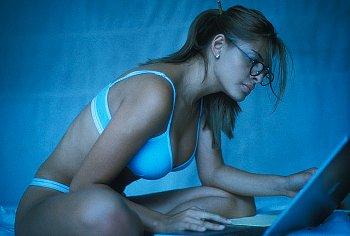 Что написать девушке при знакомстве в контакте в первом сообщении, примеры