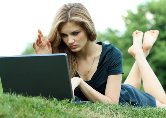 как написать девушке в контакте при знакомстве