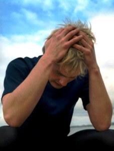 Страдание и жалость к себе - это признаки жертвы и слабого человека