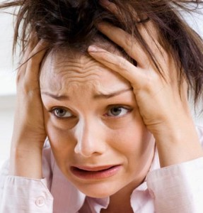 девушка с паническими атаками хочет записаться на лечение