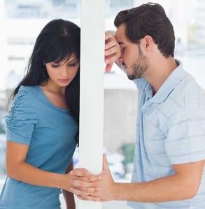 пара не может забыть боль расставания и нуждается в советах психолога